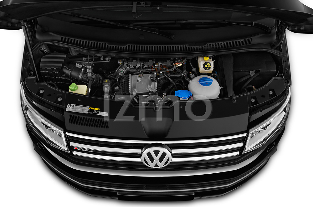 Car stock 2019 Volkswagen Caravelle Highline 4 Door Passenger Van engine high angle detail view