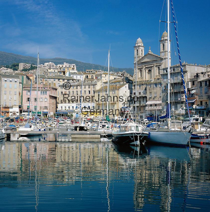 France, Corsica, Bastia: Vieux Port (old Port) with church Saint-Jean-Baptiste | Frankreich, Korsika, Bastia: Vieux Port (der alte Hafen) mit der Kirche Saint-Jean-Baptiste