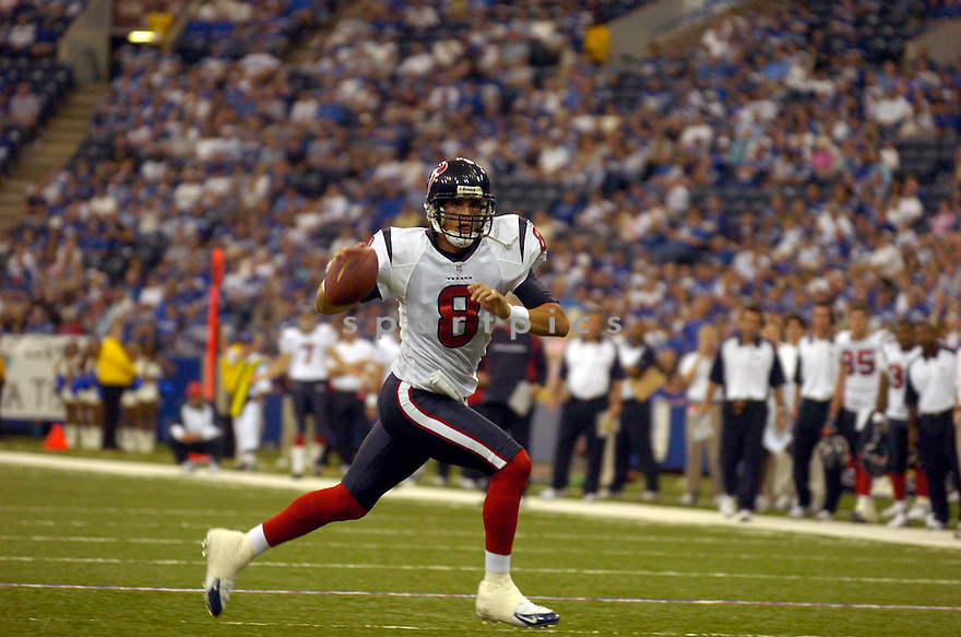DAVID CARR,  of the Houston Texans, in action against the Indianapolis Colts, on September 17, 2006 in Indianapolis...Colts win 43-24..David Durochik / SportPics