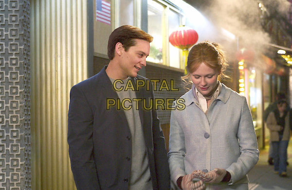 TOBEY MAGUIRE & KIRSTEN DUNST.in Spiderman 2.Filmstill - Editorial Use Only.Ref: FB.www.capitalpictures.com.sales@capitalpictures.com.Supplied by Capital Pictures