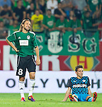 18.08.2011, Keine-Sorgen-Arena, Ried, AUT, UEFA EL, PLAYOFF, SV RIED (AUT) vs PSV EINDHOVEN (NED), Hinspiel, im Bild gut lachen bei Stefan Lexa (SV Ried, #8), während Dries Mertens (PSV Eindhoven, #14) am Boden ist // during the UEFA Europaleague, 1st Leg Playoff Match, SV Ried against PSV Eindhoven at Keine-Sorgen-Arena, Ried, Austria on 2011-08-18, EXPA Pictures © 2011, PhotoCredit: EXPA/ J. Feichter
