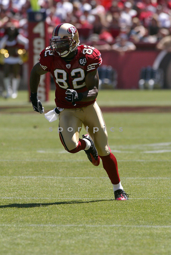 BRYANT JOHNSON, of the San Francisco 49ers, in action during the  49ers game against the  Arizona Cardinals  on September 7, 2008 in San Francisco, California...The San Francisco 49ers win 23-13