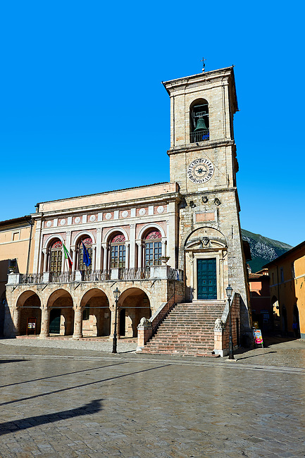 Town Hall, Piazza San Benedetto, Norcia, Umbria, Italy