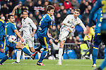 Cristiano Ronaldo (r) of Real Madrid shoots past the Nemanja Radoja of RC Celta de Vigo during their Copa del Rey 2016-17 Quarter-final match between Real Madrid and Celta de Vigo at the Santiago Bernabéu Stadium on 18 January 2017 in Madrid, Spain. Photo by Diego Gonzalez Souto / Power Sport Images