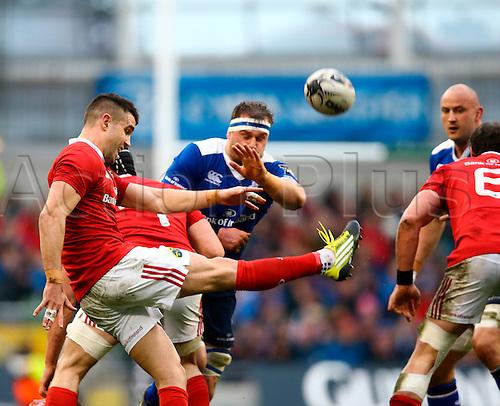 02.04.2016. Aviva Stadium, Dublin, Ireland. Guinness Pro12.  Leinster versus Munster. Conor Murray (Munster) kicks clear from a ruck.