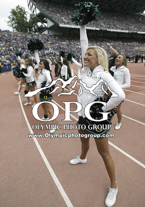 Oct 24, 2009:  Oregon cheerleaders pumped up the Oregon fans in attendance with their cheers during the game against Washington. Oregon defeated Washington 43-19 at Husky Stadium in Seattle, Washington..