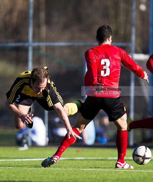 110417 Frejs Niklas Thor (v) under fotbollsmatchen i Division 1 Norra mellan Vasalund och Frej den 17 April 2011 i Solna. <br /> Foto: Kenta J&ouml;nsson<br /> Nyckelord: fotboll, division 1, vasalund, frej
