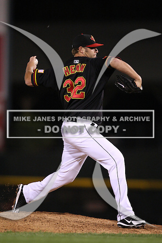 September 4, 2009:  Relief Pitcher Sean Henn of the Rochester Red Wings delivers a pitch during a game at Frontier Field in Rochester, NY.  The Red Wings are the Triple-A International League affiliate of the Minnesota Twins.  Photo By Mike Janes/Four Seam Images