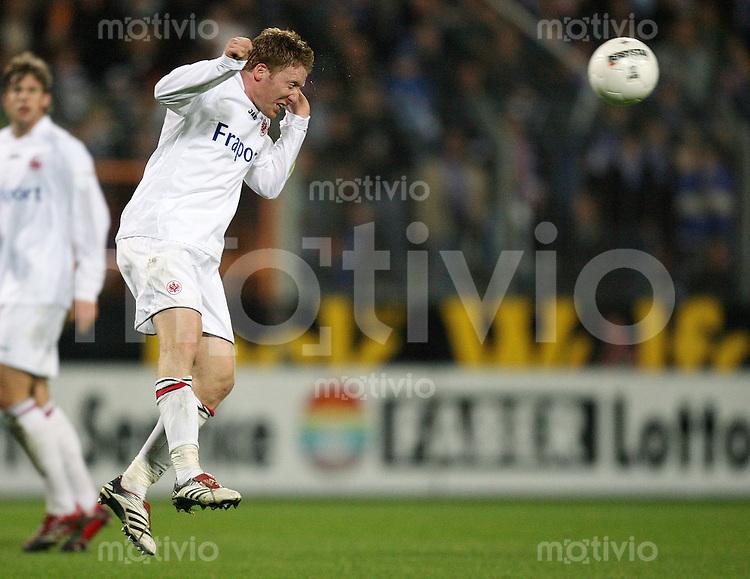 Fussball  1. Bundesliga  Saison 2006/2007 Patrick OCHS (Eintracht Frankfurt), Einzelaktion am Ball