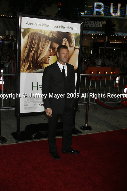 """WESTWOOD, CA. - September 15: Aaron Eckhart arrives at the Los Angeles premiere of """"Love Happens"""" at the Mann's Village Theatre on September 15, 2009 in West wood, Los Angeles, California."""