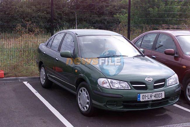 Boyne cars  12/6/04.Photo: Aaron Caffrey/Newsfile.ie