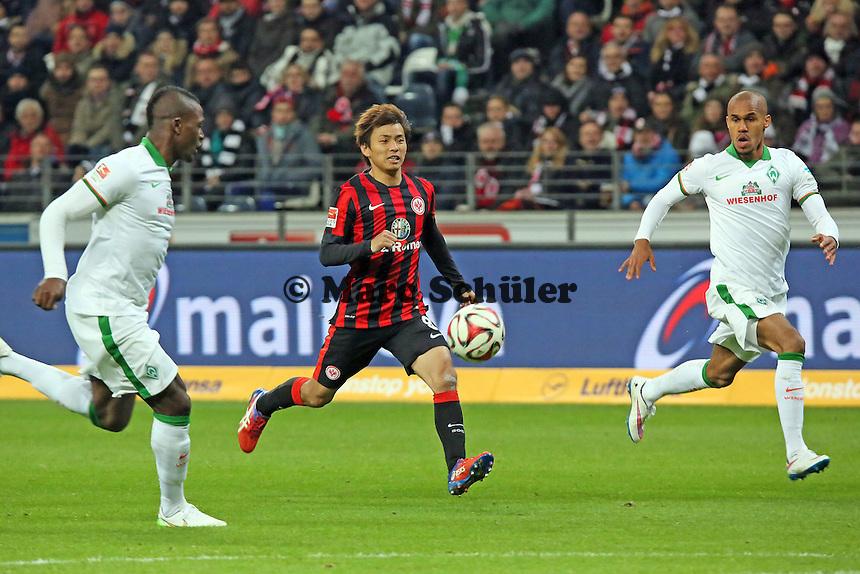 Takashi Inui (Eintracht) setzt sich durch - Eintracht Frankfurt vs. SV Werder Bremen, Commerzbank Arena