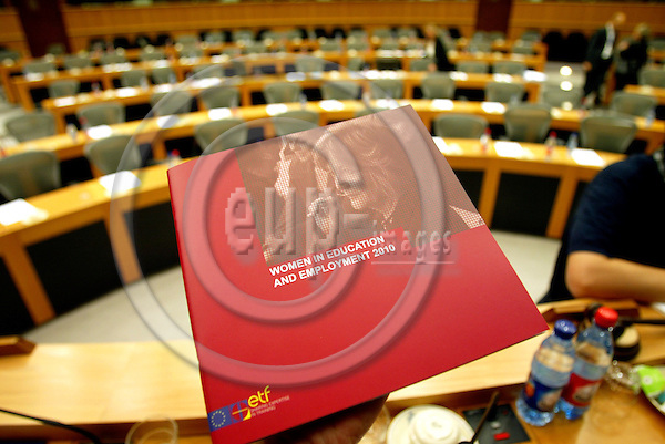 BRUSSELS -BELGIUM - 11 JULY 2006 -- ETF presentation of a new book, Women in Education nd Employment 2010, in The European Parliament. PHOTO: ERIK LUNTANG / EUP-IMAGES