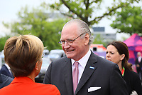Merck Vorstandsvorsitzender und leitender Geschäftsführer Stefan Oschmann begrüßt die Gäste - 03.05.2018: Festakt zu 350 Jahre Merck in Darmstadt mit Bundeskanzlerin Angela Merkel