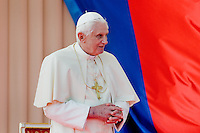 Pope Benedict XVI seen during the welcome ceremony at the Prague Airport, Czech Republic, 26 September 2009.