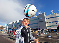 Pictured: Seven year old Ashton Dennis from Swansea. Saturday 13 October 2012<br />