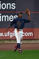Cedar Rapids Kernels outfielder J.D. Williams (17) catches a fly ball during a game against the Quad Cities River Bandits on August 18, 2014 at Perfect Game Field at Veterans Memorial Stadium in Cedar Rapids, Iowa.  Cedar Rapids defeated Quad Cities 4-2.  (Mike Janes/Four Seam Images)