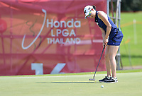 PATTAYA, THAILAND - FEBRUARY 22: Jennifer Song of USA 2nd shot on the 16th green during the second round of the Honda LPGA Thailand 2019 at Siam Country Club Pattaya (Old Course), Pattaya, Thailand on February 22, 2019.<br /> .<br /> .<br /> .<br /> (Photo by: Naratip Golf Srisupab/SEALs Sports Images)<br /> .<br /> Any image use must include a mandatory credit line adjacent to the content which should read: Naratip Golf Srisupab/SEALs Sports Images