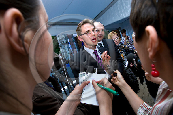 BRUSSELS - BELGIUM - 16 JUNE 2010 -- Jyrki KATAINEN , Deputy Prime Minister and Finance Minister of Finland giving his press conference as the EPP Vice President during the EPP summit.  -- PHOTO: Juha ROININEN / EUP-IMAGES