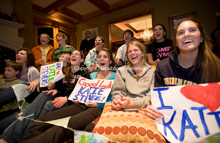 Middlebury, CT-23, February 2010-022310CM02    Friends of Katie Stevens gathered at the Albini residence in Middlebury Tuesday evening to watch their friend perform at American Idol.  From right to left Chelsea Ferrara, Meghan Sullivan, Jillian Papa, Paige Santos, Julia Albini, all of Middlebury.    --Christopher Massa Republican-American