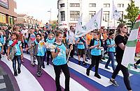 Nederland - Zaandam - 2019.   Laatste dag van de Avondvierdaagse. Veel ouders lopen het laatste stuk mee.  Foto mag niet in negatieve / schadelijke context gepubliceerd worden. Foto Berlinda van Dam / Hollandse Hoogte