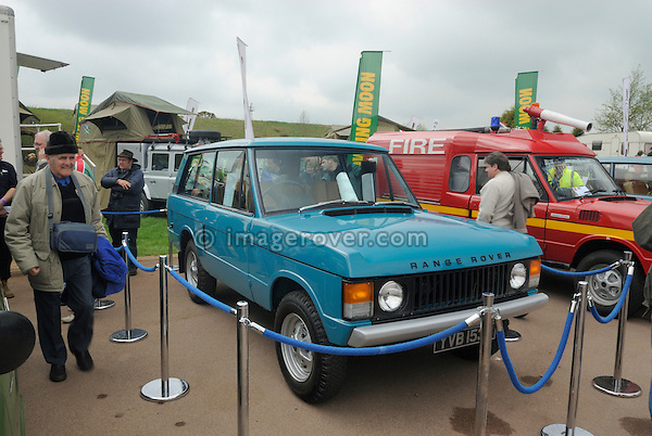 1970 VELAR YVB 153H 1st generation Range Rover pre-production on show at the Gaydon Heritage Land Rover Show 2006. Europe, England, UK. --- No releases available. Automotive trademarks are the property of the trademark holder, authorization may be needed for some uses.