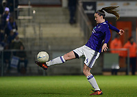 20180126 - OOSTAKKER , BELGIUM : Anderlecht's Tine De Caigny pictured during the quarter final of Belgian cup 2018 , a womensoccer game between KAA Gent Ladies and RSC Anderlecht , at the PGB stadion in Oostakker , friday 27 th January 2018 . PHOTO SPORTPIX.BE | DAVID CATRY