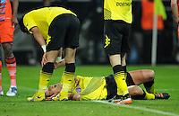 FUSSBALL   CHAMPIONS LEAGUE   SAISON 2011/2012  Borussia Dortmund - Olympique Marseille   06.11.2011 Sebastian KEHL (Dortmund) liegt verletzt am Boden und muss ausgewechselt werden