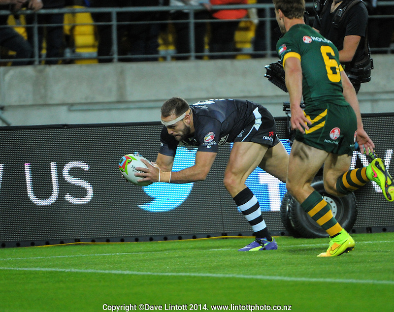 Jason Nightingale drives for the tryline during the Four Nations rugby league final between the NZ Kiwis and Australia Kangaroos at Westpac Stadium, Wellington on Saturday, 15 November 2014. Photo: Dave Lintott / lintottphoto.co.nz