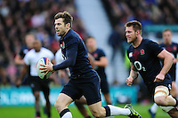 Elliot Daly of England goes on the attack. Old Mutual Wealth Series International match between England and Fiji on November 19, 2016 at Twickenham Stadium in London, England. Photo by: Patrick Khachfe / Onside Images