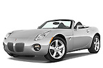 Low aggressive front three quarter view of a 2008 Pontiac Solstice.