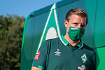 Ankunft am Stadion, Florian Kohfeldt, Trainer (SV Werder Bremen),<br /> <br /> GER, FC Heidenheim vs. Werder Bremen, Fussball, Bundesliga Religation, 2019/2020, 06.07.2020,<br /> <br /> DFB/DFL regulations prohibit any use of photographs as image sequences and/or quasi-video., <br /> <br /> <br /> Foto: EIBNER/Sascha Walther/Pool/gumzmedia/nordphoto