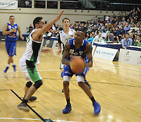 Troy McLean tries to block Bryant Markson during the national basketball league match between Wellington Saints and Manawatu Jets at TSB Bank Arena, Wellington, New Zealand on Tuesday, 7 May 2013. Photo: Dave Lintott / lintottphoto.co.nz
