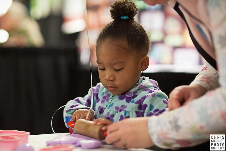 02/12/12 - Kalamazoo, MI: Kalamazoo Baby & Family Expo.  Photo by Chris McGuire.  R#15