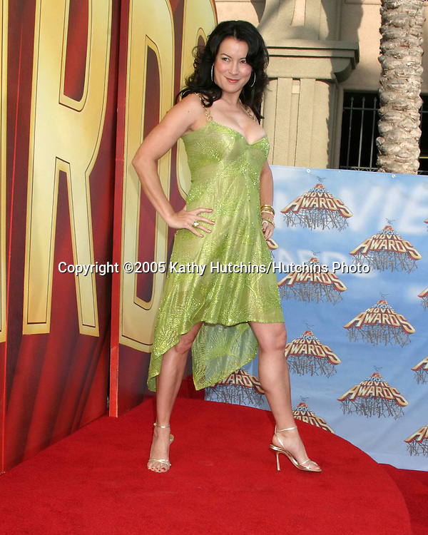 Jennifer Tilly arriving  at the MTV Movie Awards at the Shrine Auditorium, .Los Angeles, CA.June 4, 2005.©2005 Kathy Hutchins / Hutchins Photo