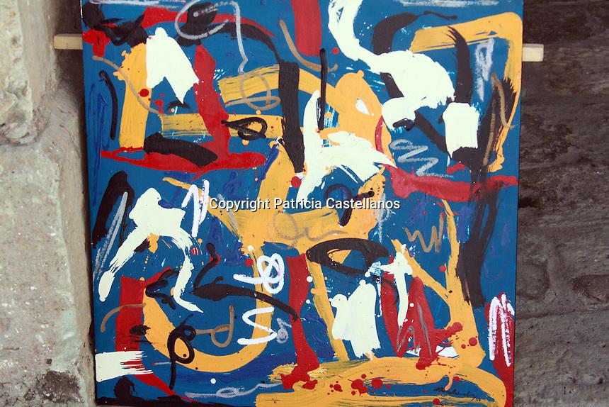 Oaxaca de Ju&aacute;rez, Oax.14/03/2016.- Nueve j&oacute;venes pintores oaxaque&ntilde;os proyectaron su arte basado en diversas t&eacute;cnicas art&iacute;sticas, acompa&ntilde;ados por las melod&iacute;as de la banda rock proveniente de Los &Aacute;ngeles, California &ldquo;Radio Kaos&rdquo;, lo anterior con el objetivo de plasmar con su talento 4 lienzos que formar&aacute;n parte de la presentaci&oacute;n gr&aacute;fica del cuarto disco de la agrupaci&oacute;n anteriormente mencionada.<br /> <br />  <br /> <br /> Cabe destacar que la creatividad de Manuel Miguel P&eacute;rez, Jes&uacute;s Cuevas, Alexis Villaf&aacute;n, Miguel Mart&iacute;nez, Jorge Vidal, Asael Arista, Lenin Adlai Ram&iacute;rez, Javier Narango y Antonio P&eacute;rez, ser&aacute; presentada oficialmente el pr&oacute;ximo 2 de julio en el Lunario de la Ciudad de M&eacute;xico.