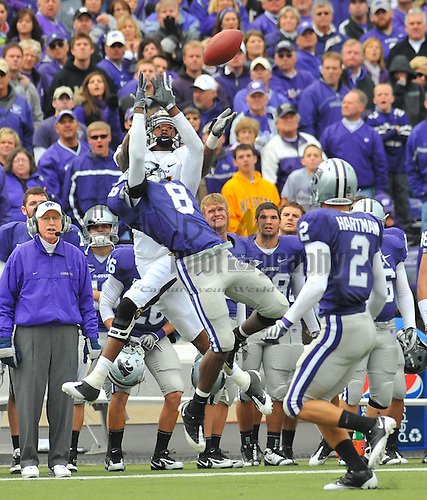 Nov 14, 2009; Manhattan, KS, USA; Kansas State defensive back Stephen Harrison breaks up the pass intended for Missouri wide receiver Danario Alexander (81) in the second quarter at Bill Snyder Family Stadium. The Tigers won 38-12.  Mandatory Credit: Denny Medley-US PRESSWIRE