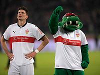 13.01.2018,  Football 1.Liga 2017/2018, 18. match day, VfB Stuttgart - Hertha BSC Berlin, in Mercedes-Benz-Arena Stuttgart. Mario Gomez (li, Stuttgart)  zufrieden, *** Local Caption *** © pixathlon<br /> <br /> +++ NED + SUI out !!! +++<br /> Contact: +49-40-22 63 02 60 , info@pixathlon.de