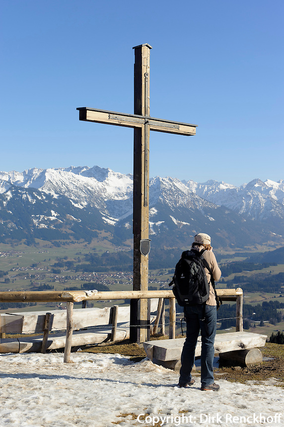 Gipfelkreuz am Ofterschwanger Horn im Allg&auml;u, Bayern, Deutschland<br /> summit cross of  Ofterschwanger Horn, Allg&auml;u, Bavaria, Germany