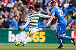 Takashi Inui of SD Eibar (L) in action during the La Liga 2017-18 match between Getafe CF and SD Eibar at Coliseum Alfonso Perez Stadium on 09 December 2017 in Getafe, Spain. Photo by Diego Souto / Power Sport Images