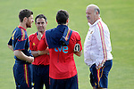 MADRID (25/05/09).- The Spanish Soccer national training session.  Vicente del Bosque, Xabi Alonso and Iker Casillas...PHOTO: Cesar Cebolla / ALFAQUI