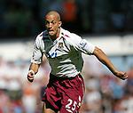 West Ham's Bobby Zamora in action. .Pic SPORTIMAGE/David Klein