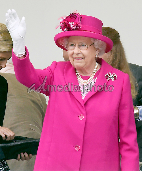 12 June 2016 - London, England - Queen. The Patrons Lunch 2016 during celebrations for the Queens 90th Birthday held at The Mall London. Photo Credit: ALPR/AdMedia