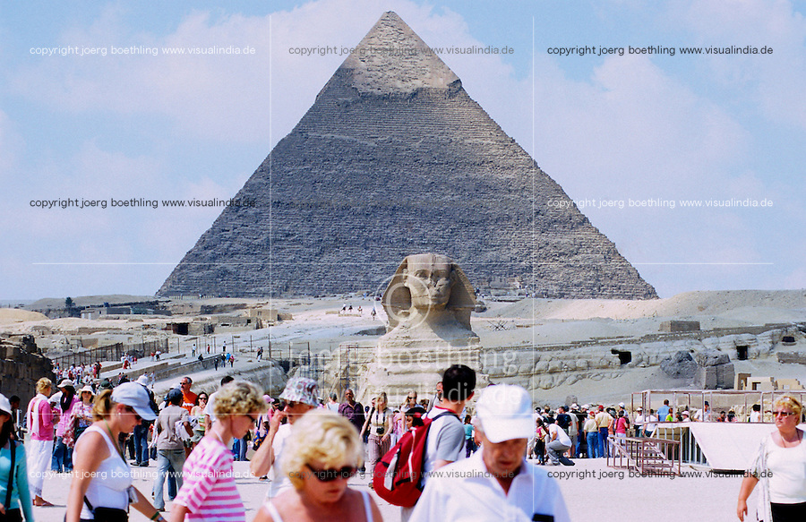 "Afrika Nordafrika ?gypten Kairo Cairo .Westliche Touristen an den Pyramiden und Sphinx von Gizeh in Giza  - Megacity Metropole Orient Pyramide Sand W?ste xagndaz | .Africa north africa arabia Egypt Cairo .western tourist at pyramid of Giza Gizeh -  tourism travel tour desert city .| [ copyright (c) Joerg Boethling / agenda , Veroeffentlichung nur gegen Honorar und Belegexemplar an / publication only with royalties and copy to:  agenda PG   Rothestr. 66   Germany D-22765 Hamburg   ph. ++49 40 391 907 14   e-mail: boethling@agenda-fototext.de   www.agenda-fototext.de   Bank: Hamburger Sparkasse  BLZ 200 505 50  Kto. 1281 120 178   IBAN: DE96 2005 0550 1281 1201 78   BIC: ""HASPDEHH"" ] [#0,26,121#]"