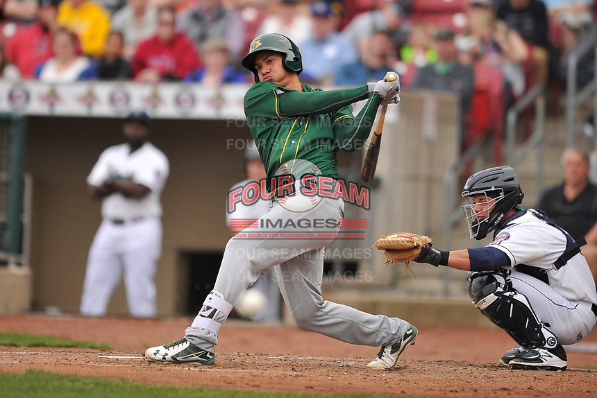 Beloit Snappers third baseman Edwin Diaz (12) in action during a game against the Beloit Snappers at Veterans Memorial Stadium on April 8, 2017 in Cedar Rapids, Iowa.  The Snappers won 7-6.  (Dennis Hubbard/Four Seam Images)
