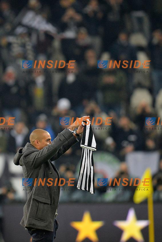 Former Juventus player David Trezeguet waves to the fans. David Trezeguet saluta i tifosi <br /> Torino 05-01-2014 Juventus Stadium - Football Calcio Serie A 2013/2014 Juventus - As Roma Foto Andrea Staccioli / Insidefoto