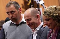 Raniero Busco, al centro, affiancato dal fratello Paolo, a sinistra, e dalla moglie Roberta Milletari', gioisce durante la lettura della sentenza che lo assolve dall'accusa per il delitto di Via Poma, al termine del processo presso la Corte d'Appello di Roma, 27 aprile 2012..UPDATE IMAGES PRESS/Riccardo De Luca