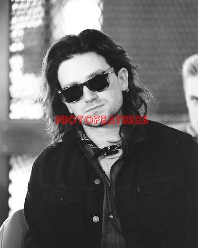 U2 1986 Bono.