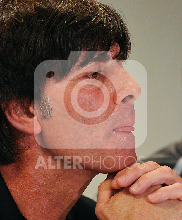 02.06.2011, Ernst Happel Stadion, Wien, AUT, EURO 2012 Qualifikation, Pressekonferenz Deutschland, im Bild Trainer der deutschen Fußnball Nationalmannschaft Joachim Löw bei einer Pressekonferenz bezüglich Qualifikationsspiel Oesterreich vs Deutschland // Coach of the german National Football Team Joachim Löw during the Press Conference regarding the Qualifiy Match between Austria vs Germany, Ernst Happel Stadion, Vienna, 2011-06-02, EXPA Pictures © 2011, PhotoCredit: EXPA/ M. Gruber