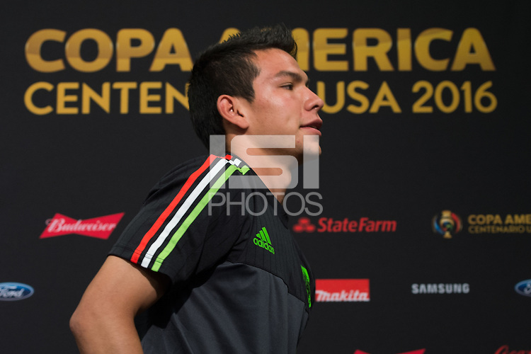 Press Conference of National Mexican Soccer Team, at Levis Stadium in Santa Clara, California. Copa America Centenario USA 2016. <br /> <br /> Conferencia de Prensa  de la Seleccion de Mexico, en el Estadio Levis en Santa Clara California. Copa America Centenario 2016, en la foto: Hirving Lozano<br /> <br /> --- 16/06/2016/MEXSPORT/JORGE MARTINEZ